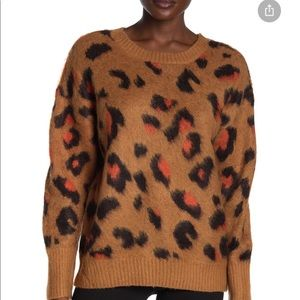 NWT Olivia Sky leopard print pull over